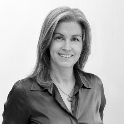 Dr Paula Owen